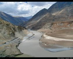 The Great Indus River by vampbabe