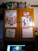 BroNYCon Swag Part One: The Desk by ReuelDreamseer
