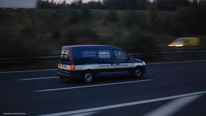 Volkswagen Caddy by ShadowPhotography