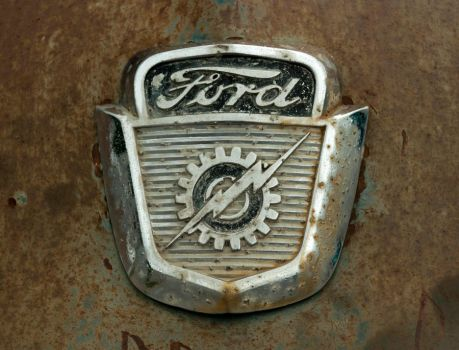 Ford Emblem by Stig2112