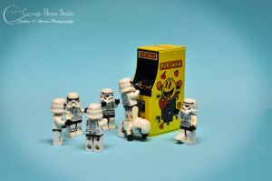 Lego Stormtroopers - Teamwork by Jbressi