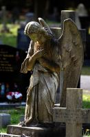 angel at the cross by awjay
