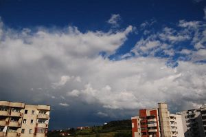 Cluj Napoca and its clouds by RetardSock