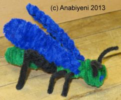 Pipe Cleaner Grasshopper by Anabiyeni