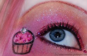 . glitter cupcake . by Countess-Grotesque