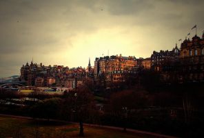 Edinburgh Cityscape by gendosplace