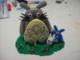Totoro Sculpture by SommerBommer