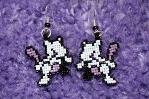 Mewtwo Earrings by purpleyoshi1