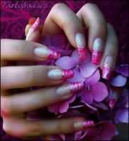 marbled french manicure by Tartofraises