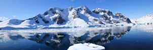 Mountain in Antarctica by ChronoGawd