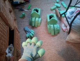 FOAM (Claws and feet WIP) by NeonMonsterBytes