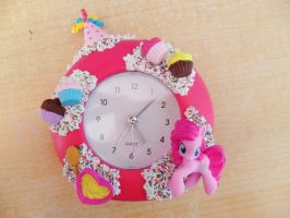 Party Time! PinkiePie Alarm Clock by NamineEveningLight