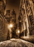 Alleyway by Pipera
