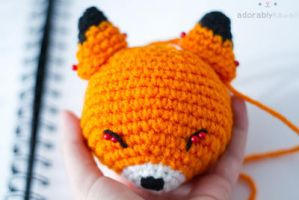 sleepy fox - in progress by tinyowlknits