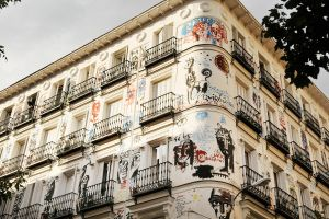 Arty apartment block, Madrid 1 by wildplaces