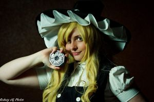 Marisa Kirisame and her Mini-Hakkero by RodneyJGPhotos