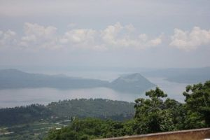Taal Volcano by theherozion