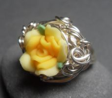 Gilded Posy Yellow Rose Ring by sojourncuriosities