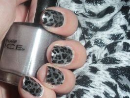 Silver.Leopard by Sarie23
