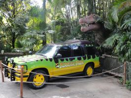 The Jurassic Park Car by Naya-hime