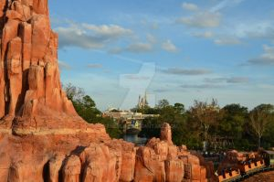 Big Thunder Moutain, Castle by disneylife