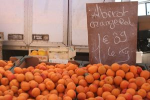 abricots by champaignful