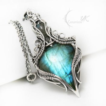 ASSANHTIEEL - silver and labradorite by LUNARIEEN