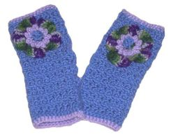 Fun Flower Wristwarmers by Oloriel-Starfire