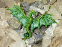 Emeralds Guardian II - handsculpted Dragoncollar by Ganjamira