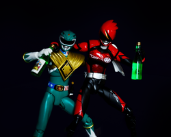 Akiba Red and Green ranger night out by BloodySickk