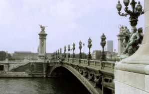 Pont Alexandre III by Phototubby