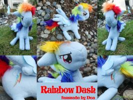 MLP FiM Rainbow Dash Plushie by bluepaws21