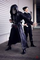 Dishonored Cosplay - Corvo and Jessamine by Aicosu