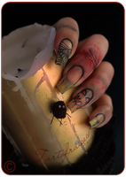 horror nails by Tartofraises