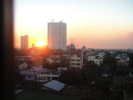 Sunset at Quezon City by meymeynard