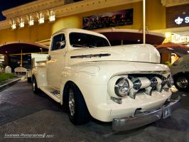 White Hot F1 by Swanee3