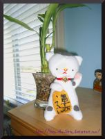 Maneki Neko Plushie by Kago-The-Kitty