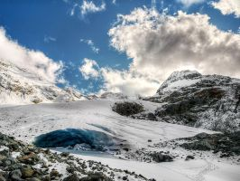 Wedgemount Glacier by IvanAndreevich