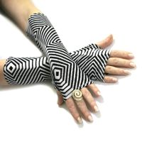 Zebra Stripe Black and White fingerless gloves by WearMeUp