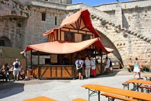 German Tavern in Aigues-Mortes by Zapan99
