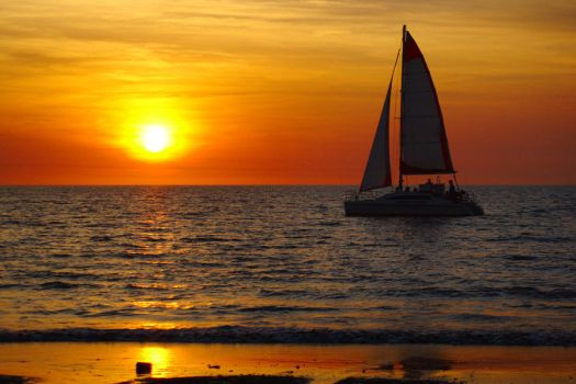 Mindil Beach sunset sail 2 by wildplaces