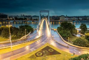 Elisabeth Bridge by kgeri