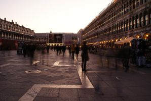 Motion in Venice by HellCenturion