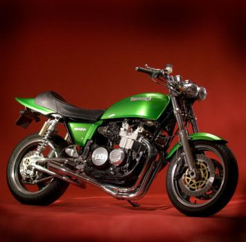 Kawasaki Z650 by adamduckworth