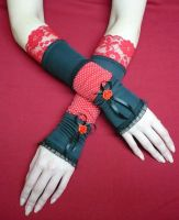 Black and red Lolita Gloves by Estylissimo