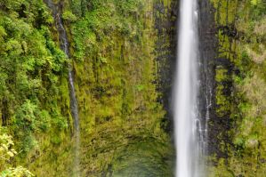 Akaka Falls Hawaii by mikewheels