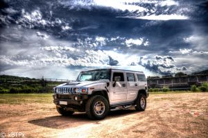 Hummer H2 HDR I by xMAXIx
