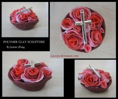 Rose Bowl Cross Sculpture by Xiaooyu