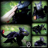 Poseable Toothless - SOLD by SonsationalCreations