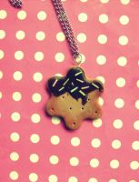 Cookie necklace by NimfVirTi